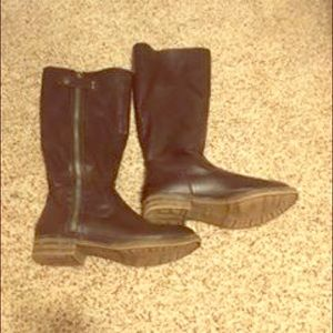 Brown boots size 6.5 perfect condition